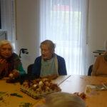 traditionelles_ostereierfaerben_im_seniorenhaus-odenwald_9
