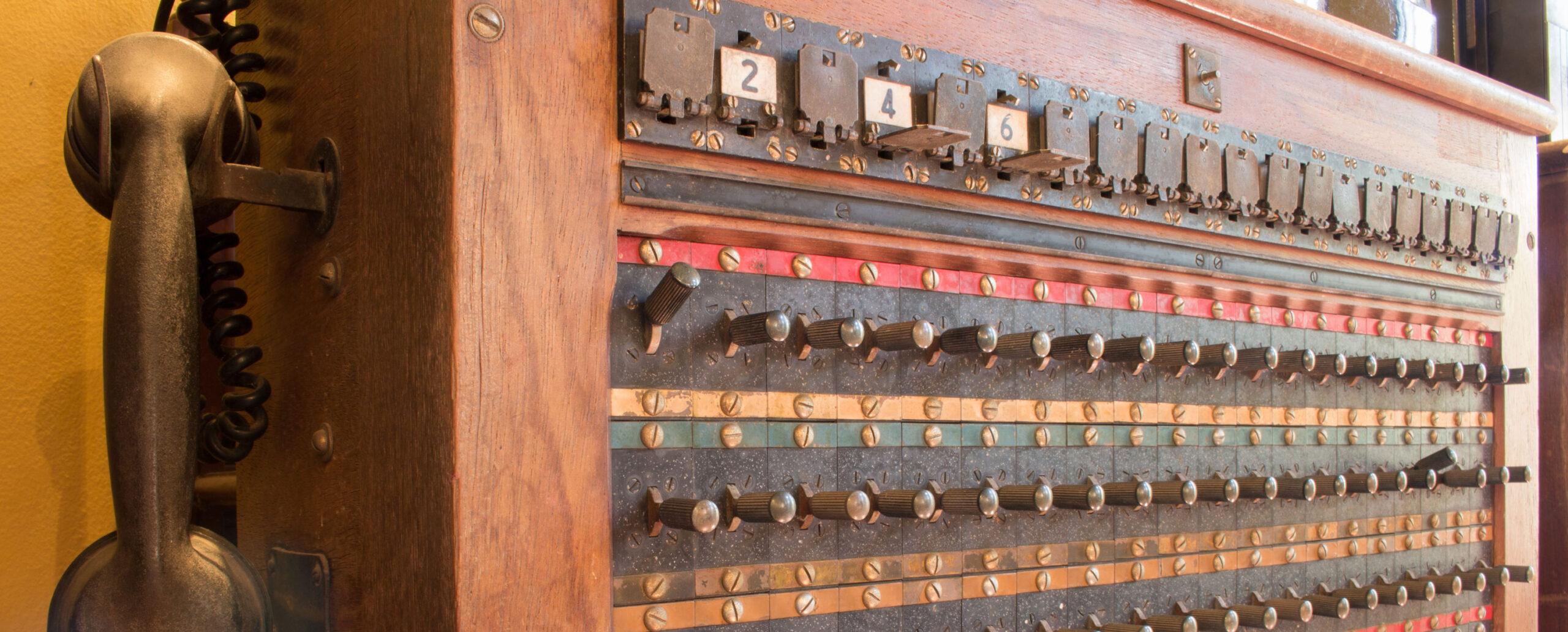 alte Schaltzentrale, Telefon