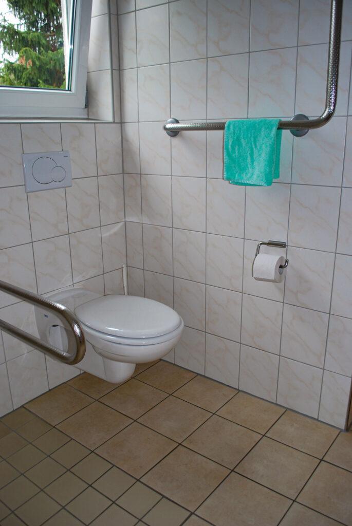 Toilette im Seniorenhaus